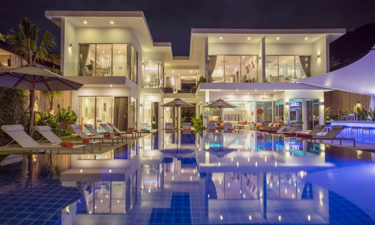 10-Luxury-Beachfront-Vacation-Villas-Rentals-in-Phuket-Thailand-10