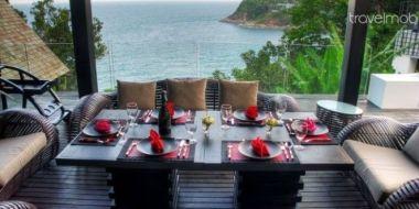 10-Luxury-Beachfront-Vacation-Villas-Rentals-in-Phuket-Thailand-20
