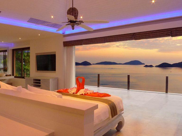 10-Luxury-Beachfront-Vacation-Villas-Rentals-in-Phuket-Thailand-26