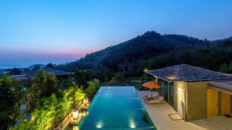 10-Luxury-Beachfront-Vacation-Villas-Rentals-in-Phuket-Thailand-29