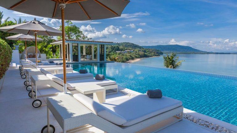 10-Luxury-Beachfront-Vacation-Villas-Rentals-in-Phuket-Thailand-33