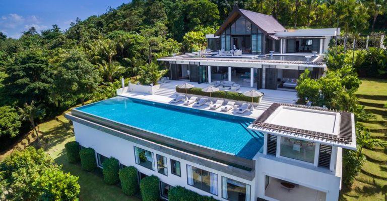 10-Luxury-Beachfront-Vacation-Villas-Rentals-in-Phuket-Thailand-34
