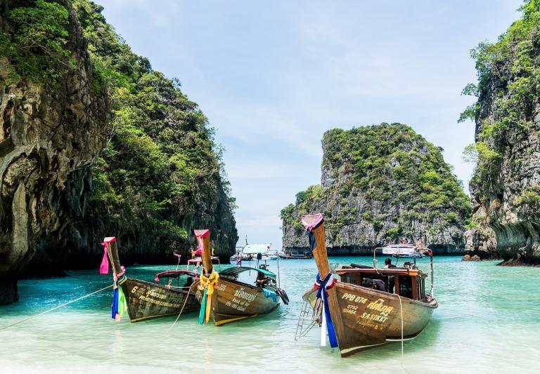 Koh-Phi-Phi-Island-Krabi-Phuket-Thailand