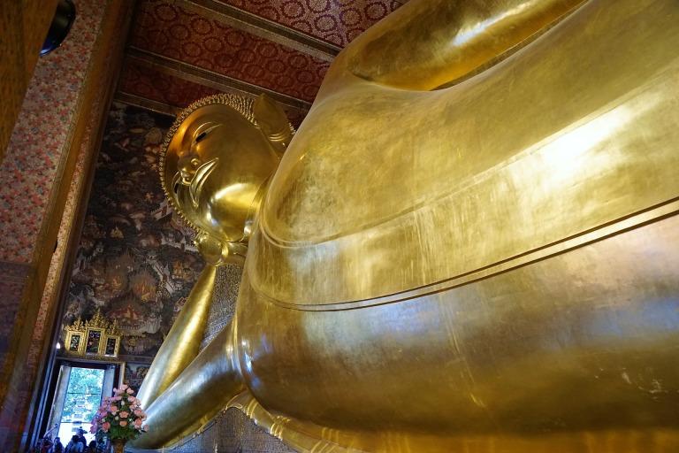 Reclining-Buddha-Wat-Pho-Bangkok-Thailand